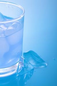 el agua adelgaza
